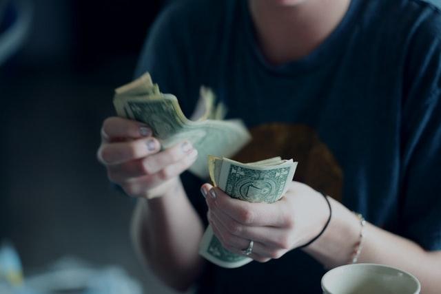 Tontine: une épargne aussi rentable que risquée